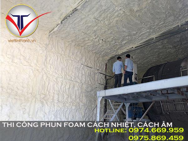Phun Pu Foam cách nhiệt