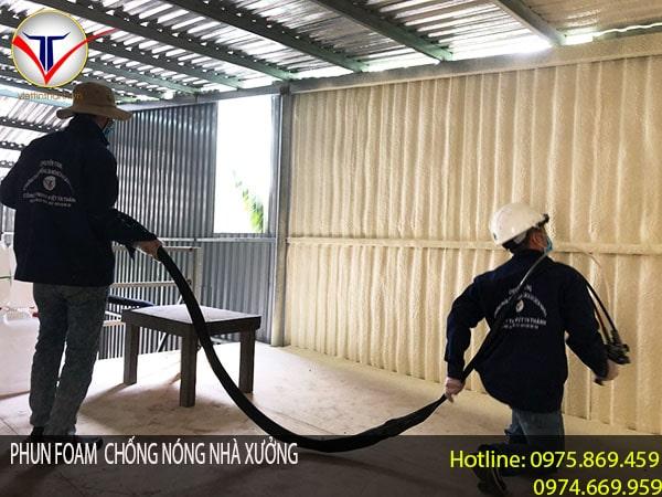 phun Foam chống nóng nhà xưởng