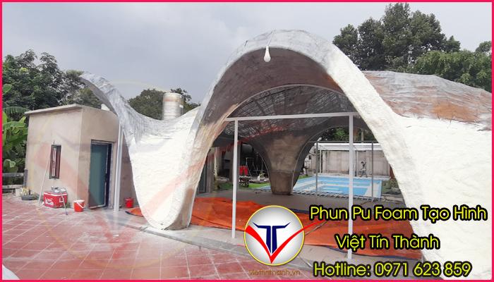 phun pu foam tạo hình sản phẩm